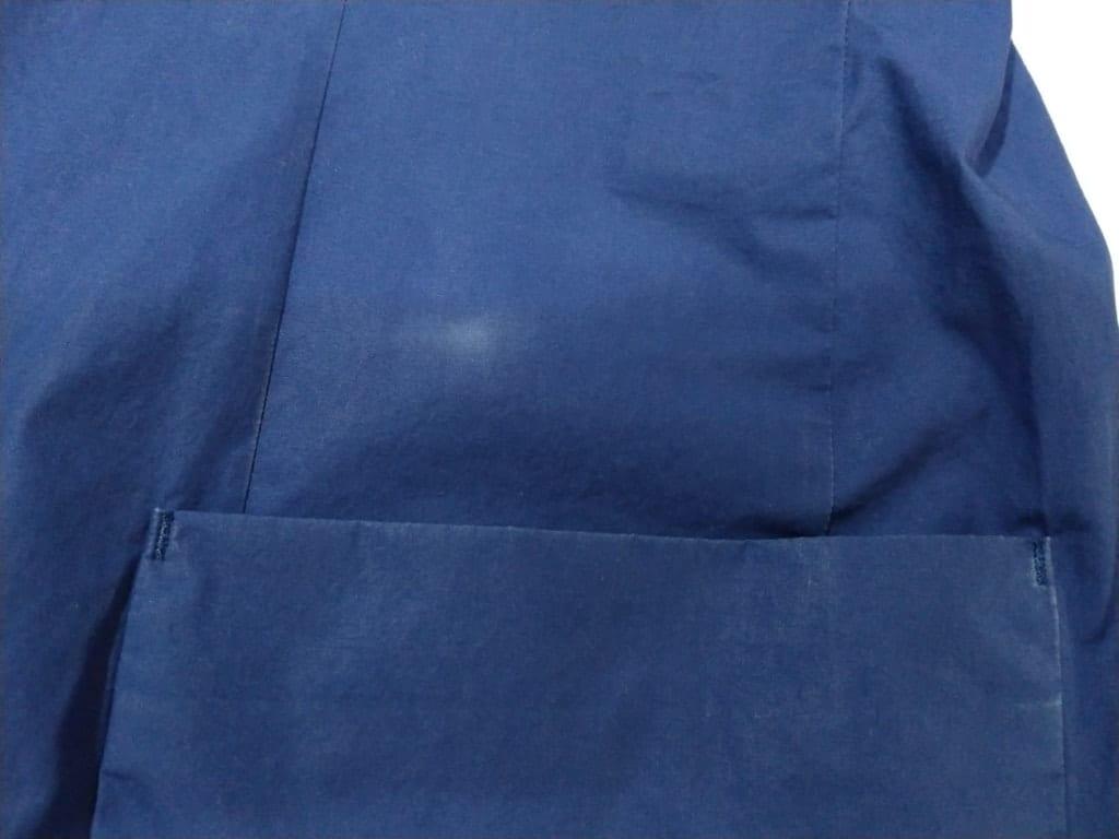 綿素材の青いジャケット 修正前